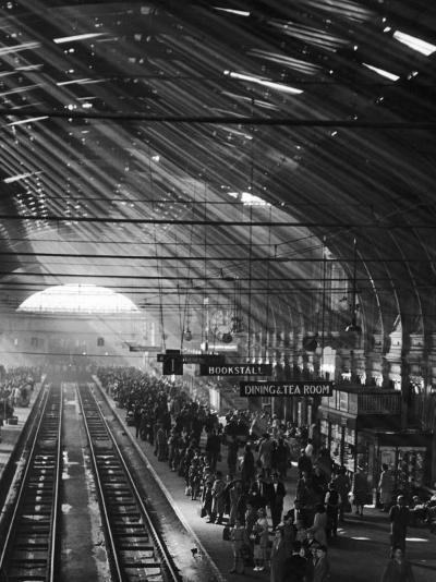 Interior of a London Railroad Station--Photographic Print