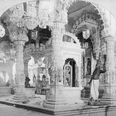 Interior of the Temple of Babulnath, Bombay, India, 1901-BW Kilburn-Giclee Print