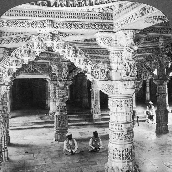 Interior of the Temple of Vimala Sah, Mount Abu, India, 1903-Underwood & Underwood-Giclee Print