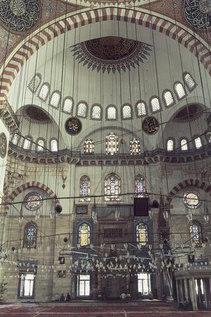 https://imgc.artprintimages.com/img/print/interiors-of-a-mosque-istanbul-turkey_u-l-pw1y7a0.jpg?p=0
