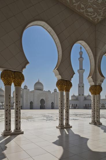 Internal View of the Arcade of the Sheikh Zayed Mosque, Al Maqta District of Abu Dhabi, Abu Dhabi-Cahir Davitt-Photographic Print
