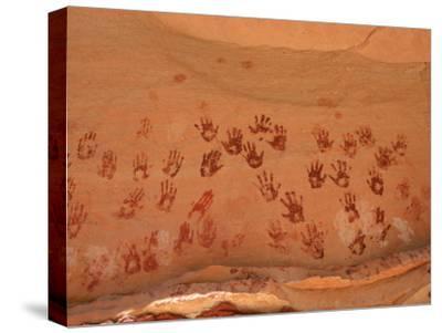 Ancient Pueblo-Anasazi Rock Art Depictions of Hands