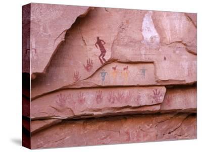Ancient Pueblo-Anasazi Rock Art Depictions of People and Hands