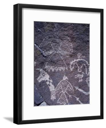 Ancient Pueblo-Anasazi Rock Art with Birds and Snakes