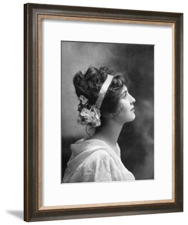 Iris Hoey (1885-197), British Actress, 1908-1909--Framed Giclee Print