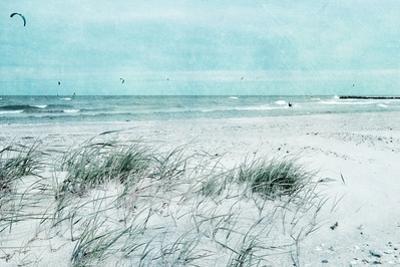 Beach Day by Iris Lehnhardt