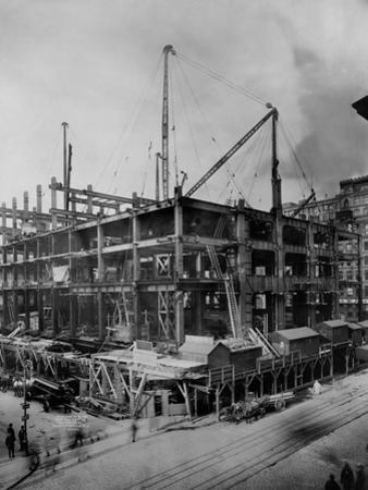 Construction of the Woolworth Building, New York
