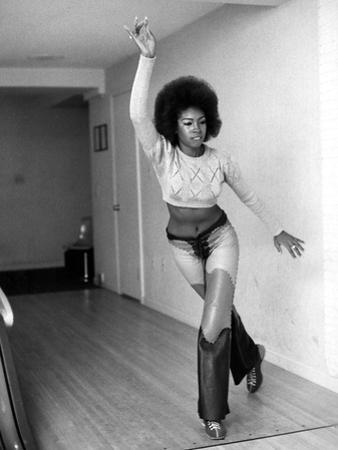 Mary Wilson, 1971