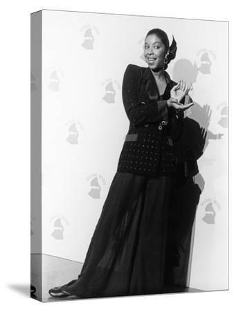Natalie Cole Is Photographed, 31st Annual Grammy Awards, February 22, 1989