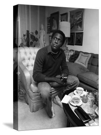 Richard Roundtree - 1975