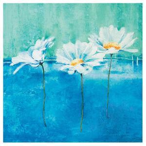 Fleurs d'Azur I by Isabelle Herbert