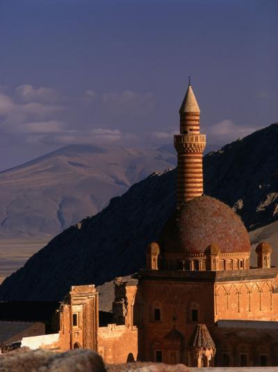 Ishak Pasha Palace, Dogubeyazit, Turkey-Izzet Keribar-Photographic Print