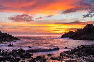 Halona Cove Sunrise by Island Leigh