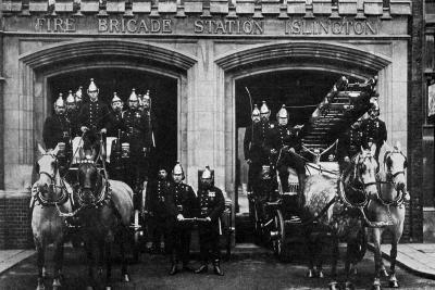 Islington Fire Brigade, London, 1901--Giclee Print