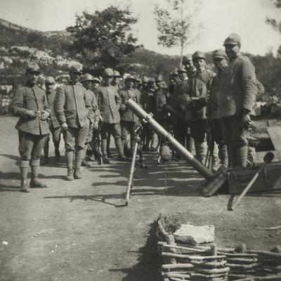 Italian Army Soldiers with a Rocket Launcher--Photographic Print