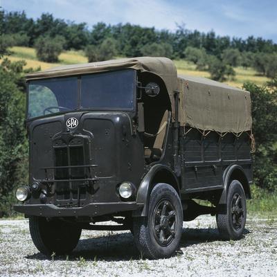 https://imgc.artprintimages.com/img/print/italian-spa-autocarretta-vehicle-1940_u-l-pouh5n0.jpg?p=0