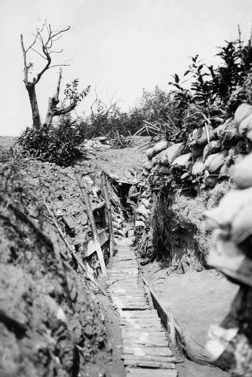 Italian Trenches on the Italian-Austrian Front in World War I-Ugo Ojetti-Photographic Print