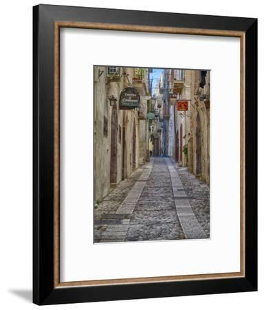 Italy, Apulia, Foggia, Vieste. A picturesque alley in Vieste old town.-Julie Eggers-Framed Photographic Print