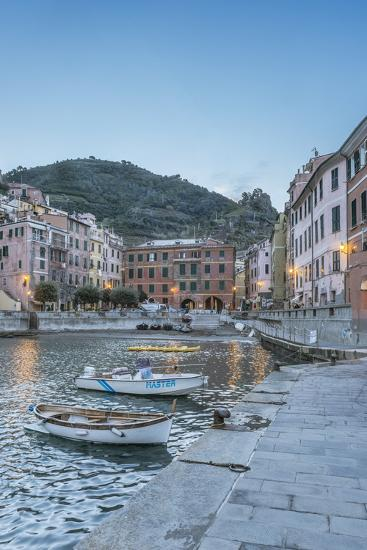 Italy, Cinque Terre, Vernazza-Rob Tilley-Photographic Print