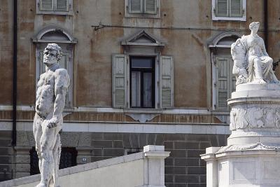 Italy, Friuli-Venezia Giulia, Udine, View of Freedom Square with Statue of Cacus and Peace--Giclee Print