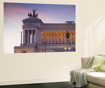 Italy, Lazio, Rome, Piazza Venezia, View Looking Towards Vittorio Emanuele Ii Monumen-Jane Sweeney-Wall Mural