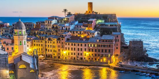 Italy, Liguria, Cinque Terre. The village of Vernazza in the evening-Catherina Unger-Photographic Print