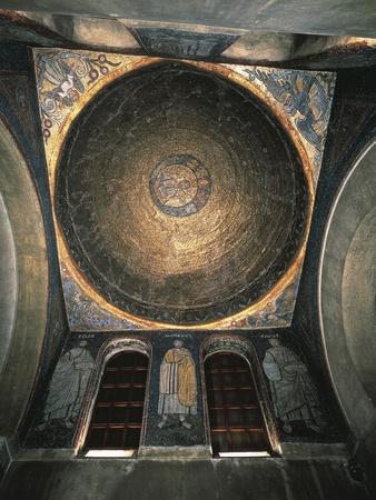 https://imgc.artprintimages.com/img/print/italy-milan-basilica-of-sant-ambrogio-san-vittore-in-ciel-d-oro-oratory-mosaic-decorated-vault_u-l-pooz370.jpg?p=0