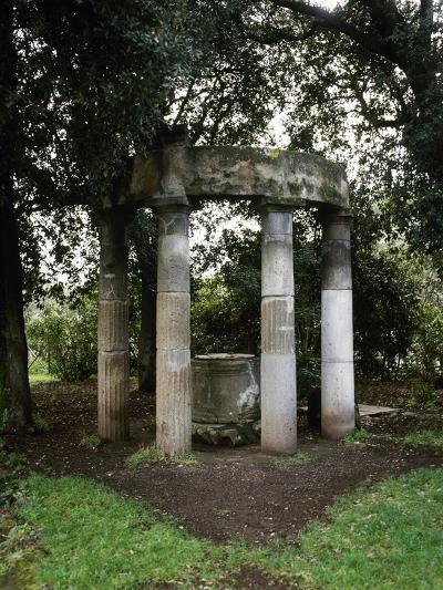 Italy, Pompeii, Triangular Forum, Tholos with Sacred Deep Well--Giclee Print