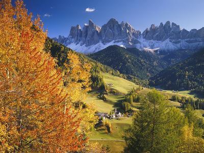 Italy, South Tyrol, Villn?Tal, St. Magda Lena, Geislerspitzen-Thonig-Photographic Print
