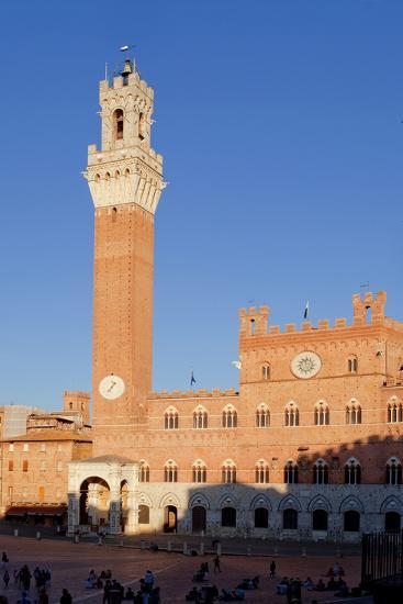 Italy, Tuscany, Sienna - Piazza Del Campo, Palazzo Pubblico, Torre Del Mangia--Photographic Print