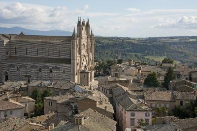 Italy, Umbria, Orvieto. Overview of the town and Cathedral of Orvieto.-Cindy Miller Hopkins-Photographic Print