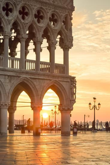Italy, Veneto, Venice. Sunrise over Piazzetta San Marco and Doges Palace-Matteo Colombo-Photographic Print