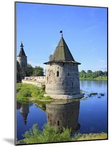 Pskov Kremlin from the Pskova River, Pskov, Pskov Region, Russia by Ivan Vdovin