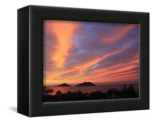 Sunrise, Mazatlan, State Sinaloa, Mexico by Ivan Vdovin