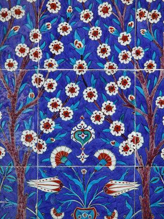https://imgc.artprintimages.com/img/print/iznik-tiles-in-topkapi-palace-istanbul-turkey-europe_u-l-p93j6k0.jpg?p=0