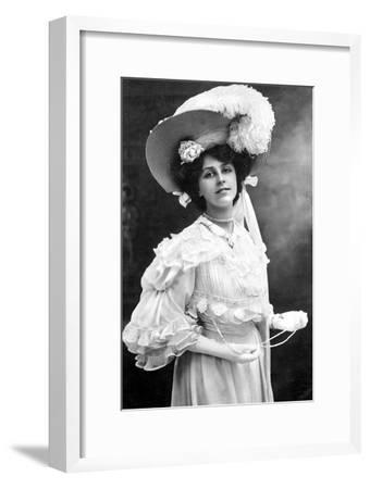 Dora Barton, English Actress, 1900s