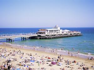 Bournemouth, Dorset, England, United Kingdom by J Lightfoot