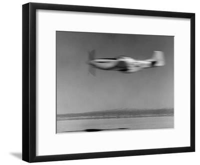 Airplane in Flight, Speed-Blurred