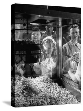 Children Watching a Popcorn Working
