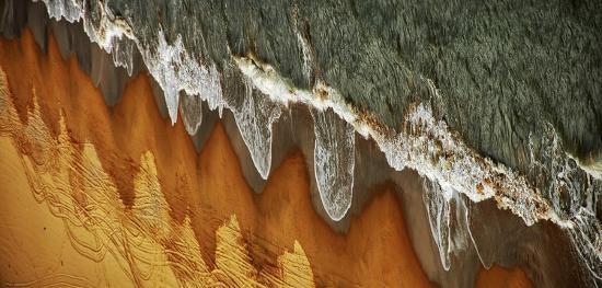 jacek-stefan-the-east-china-sea-shore