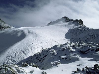 Point Lenana and Lewis Glacier, from Top Hut, Mount Kenya, UNESCO World Heritage Site, Kenya