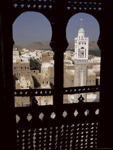 Wadi Hadramawt Say'Un, Yemen, Middle East by Jack Jackson