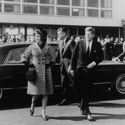 Jackie Kennedy Depart for India in Oleg Cassini Leopard Skin Coat, Mar. 8, 1962--Photo