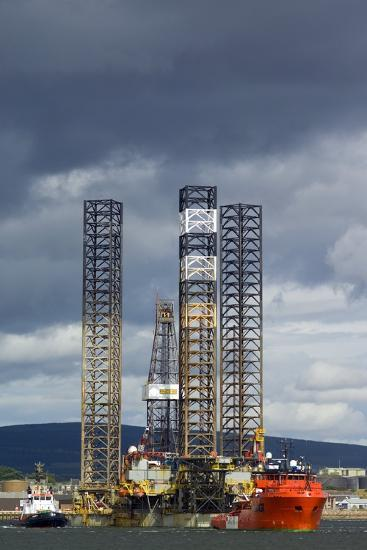 Jackup Oil Drilling Rig, North Sea-Duncan Shaw-Photographic Print