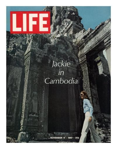 Jacqueline Kennedy in Cambodia, November 17, 1967-Larry Burrows-Photographic Print