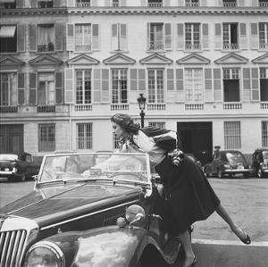 Vogue - August 1954 by Jacques Boucher