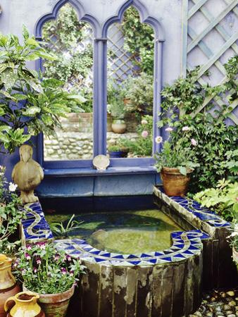 Ornate Raised Pond Edged with Slate and Mosaic Design, Brighton