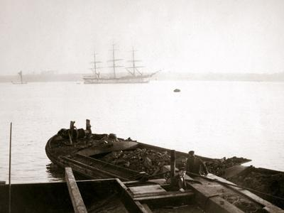 Barge Loaded with Freight, Rotterdam, 1898