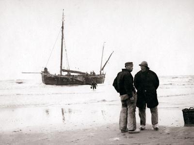 Men on the Shore, Scheveningen, Netherlands, 1898