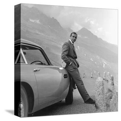 James Bond: Aston Martin--Stretched Canvas Print